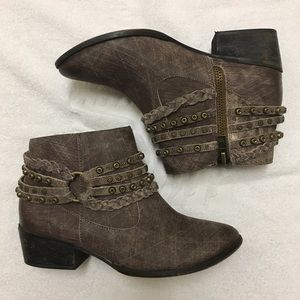 Naughty Monkey distressed ankle boots
